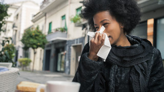 flu-sneeze-tissue