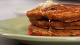 carrot-cake-pancakes-video