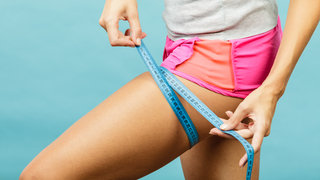 weight-loss-measuring-tape