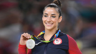 aly-raisman-gymnist