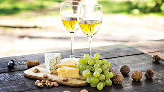 wine-gifts-plate