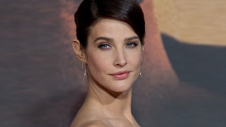 cobie-smulders-red-carpet