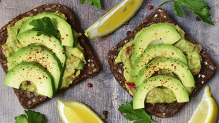 healthy-food-obcessions-2016-avocado-toast