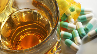 addiction-pills-alcohol