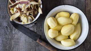 peeled-potatoes-bowl
