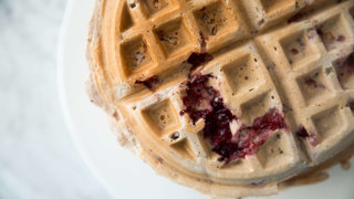 cranberry-sauce-waffle