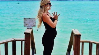 yoga-girls-pre-natal-calming-yoga-flow-video