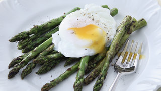 poached-eggs-asparagus