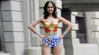 wonder-woman-power-pose