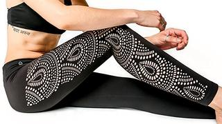 peekaboo-leggings-swirls