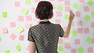 memory-trick-post-it-notes-real-simple