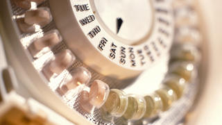 birth-control-pill-closeup