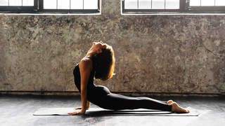 15-minute-yoga-flow-for-stress-relief-video