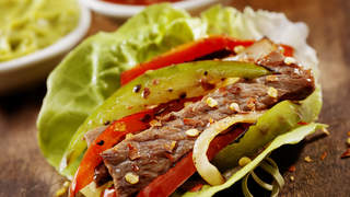 steak-lettuce-wraps-with-home-fries-video