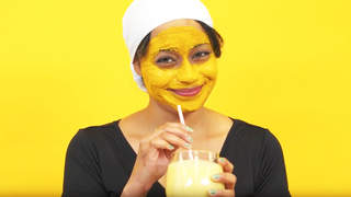 how-to-make-an-edible-tumeric-smoothie-video
