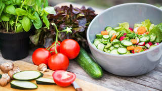 eat-these-foods-to-live-to-100-video