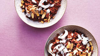 double-chocolate-coconut-oats-breakfast-grain-bowls
