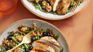 chicken-wheat-berry-bowl-brain-food-health-mag-april-2020