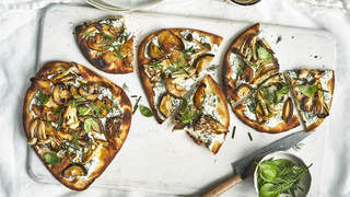 mushroom-flatbread-italian-recipes-health-mag-sep-2020
