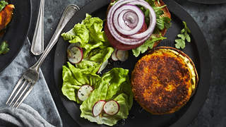 BUTTERNUT-SQUASH-VEGGIE-BURGERS-recipes-health-mag-oct-2020