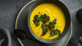 ACORN-SQUASH-SOUP-recipes-health-mag-oct-2020