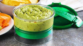 Guac-Lock Keeps Guacamole From Turning Brown