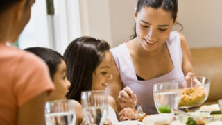 children-mother-healthy-meal