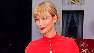 Karlie-kloss-bangs-red