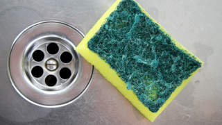 sponge-sink-dirty-products-throw-away