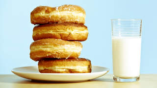 psoriatic-arthritis-avoid-foods-donut-milk-sugar-dairy