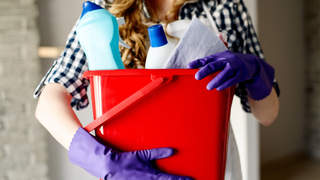 cleaning-products-cancer-gloves-clean