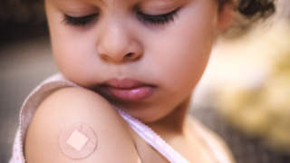 vaccine-bandaid-child-injury