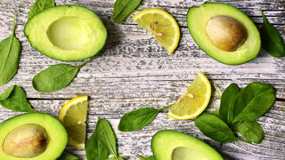 avocado-healthy-food-ingrediants-lemon-spinach