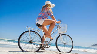 uv-protection-clothes-bicycle-beach