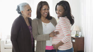 mother-grandmother-pregnant-multi-generational-family