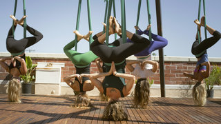 aerial-yoga-upside-down
