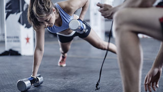 woman-crossfit-workout