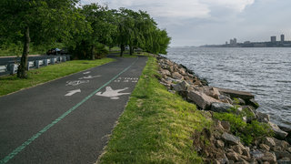 bike-path-hudson-new-york