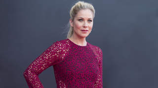 christina-applegate-red-dress