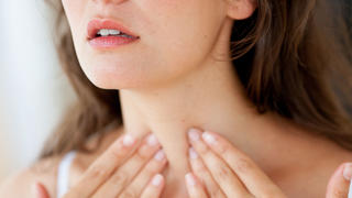 thyroid-touch-throat