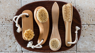 dry-brush-faciel-cleanse