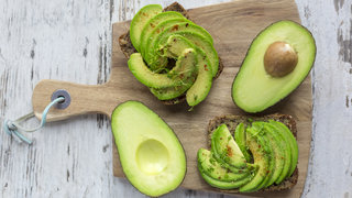 healthy-fats-avocado-toast