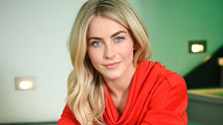 julianne-hough-orange