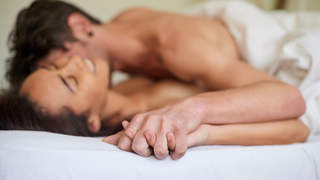 sweaty-sex-couple-positions-missionary